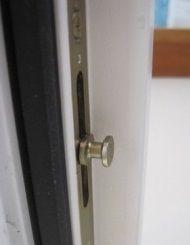 mechanische sicherung verriegelungssysteme f r fenster. Black Bedroom Furniture Sets. Home Design Ideas
